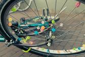 Decorated bicycle wheel — Foto de Stock