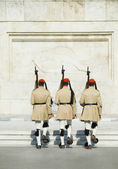 Royal guards at a monument — Stock Photo