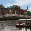 Ha'penny Bridge, Liffey River — Stock Photo