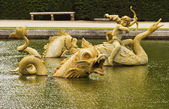 Statues in a pool, Chateau de Versailles — Stock Photo