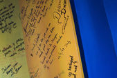 Messages on a board — Stock Photo