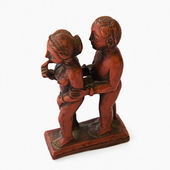 Sculpture of romantic couple — Zdjęcie stockowe