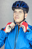 Cyclist Puts On Helmet 3 — Stock Photo