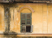 Derelict Green Window, George Town, Penang Malaysia — Stock Photo