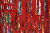 Necklace retail market — Stock Photo