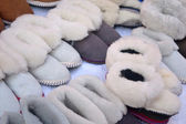 Made of sheepskin slippers handmade — 图库照片