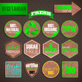 Organic food labels. vintage labels with cardboard texture — Stock Vector