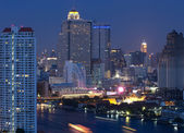 Bangkok cityscape Modern building at twilight ,Thailand — ストック写真