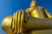 The Big beautiful Buddha at Wat Muang Temple with blue sky, Angt — Foto de Stock