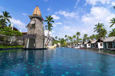 KHAOLAK, THAILAND - OCT 31 : Architecture exterior with swimming — Stock Photo