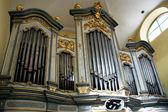 L'orgue dans l'église de san marco à litovel — Photo
