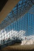 PARIS, FRANCE CIRCA AUGUST 2006 - Entrance space of Louvre Museum — Stock Photo