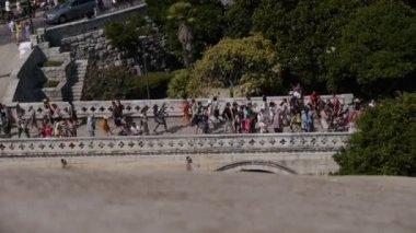 Tourist visit Dubrovnik — Stock Video