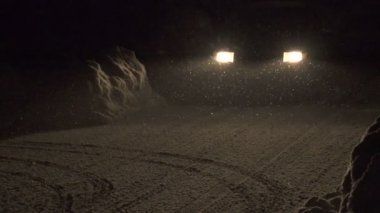 Driving at night in winter — Video Stock