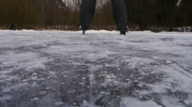 Ice skating — Stock Video