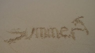 Word summer written in sand — Vídeo de Stock