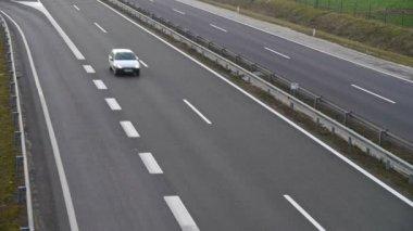 在公路上的交通 — 图库视频影像