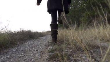 Girl running away — Stock Video