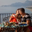 Young Couple Having Meal In Restaurant — Stockfoto