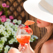 Summer vacation woman smile drink tropical cocktail — Stok fotoğraf