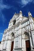 Façade de l'église de santa croce de la florence, italie — Photo