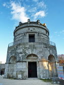 The Mausoleum of Theodoric in Ravenna, Italy — Stock Photo