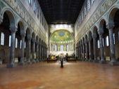 Interior of the church of Sant'Apollinare in Classe, Ravenna, Romagna, Italy — Stock Photo