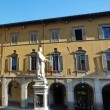Statue of Francesco Di Marco Datini in Comune square, Prato, Tuscany, Italy — Stockfoto