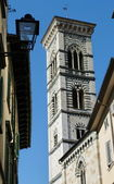 Bell tower of the Cathedral of Prato, Tuscany, Italy — Stock Photo