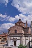 Basilika von santa maria delle carceri, prato, toskana, italien — Stockfoto