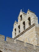 View of the bell tower of the church of Notre Dame de la Mer in St Maries de la Mer, Camargue, France — Foto Stock