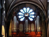 Organ within Saint Paul church in Nimes, France — 图库照片