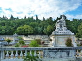 Pool in the park Jardin de la Fontaine, Nimes,  France — Stock Photo
