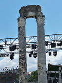 Columns of the Roman theater in Arles, France — Foto de Stock