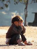 子供は泣く. — ストック写真