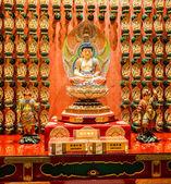 La estatua de buda en china templo de reliquia del diente de buda — Foto de Stock