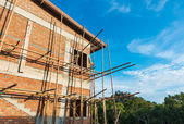 Townhome & Construction Site in progress to new house — Stock Photo