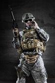 American Soldier talking via radio — Foto Stock
