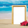 Beautiful frame, starfish, coral and pebble on sand — Foto de Stock