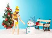 árvore de natal com boneco de neve — Foto Stock