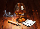 Cards, cigar and  glass of whisky — Stock Photo