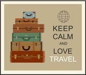 "Vintage travel luggage background and slogan ""Keep calm and love travel"" — Stockvector"