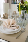 Clear white decoration table for meal — Stock Photo
