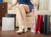 Girl with purchases. — Stockfoto