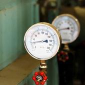 Měřič tlaku v továrně — Stock fotografie