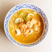 Tom yam kung thai cuisine — Stock Photo