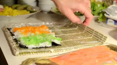 Sushi making — Stock Video
