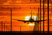 Jet plane landing — Stock Photo