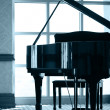 Grand piano silhouette — Stock Photo