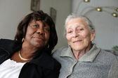 Senior women friends — Stockfoto